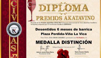 Desentidos-6-meses-Diploma-Distincion-CIVAS-Premios-AkataVino-©-2017-42